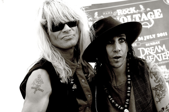 Michael Monroe and his guitarist backstage at High Voltage 2011
